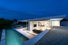 City Beach by Cambuild & Banham Architects (35)