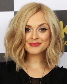 10 Short Hairstyles for Thin Wavy Hair | Thin wavy hair, Wavy hair ...