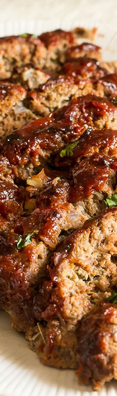 Meatloaf Best meatloaf EVER! Bursting with flavors. So delicious classic, tender, and moist! Everyone loves it!Best meatloaf EVER! Bursting with flavors. So delicious classic, tender, and moist! Everyone loves it! Good Meatloaf Recipe, Meat Loaf Recipe Easy, Best Meatloaf, Moist Meatloaf Recipes, Easy Meatloaf Recipe With Bread Crumbs, Pork Meatloaf, Recipe Tasty, Ground Beef Recipes, Kitchen