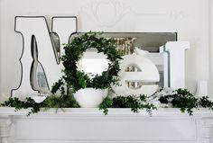 Noel_Christmas_Mantel