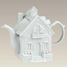 Victorian Tea House Porcelain Teapot