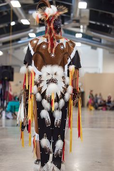 Helena Pow Wow 2012 by SheltieBoy, via Flickr Native American Regalia, Native American Photos, Native American History, Indian Tribes, Native Indian, Native Art, Native American Photography, Powwow Regalia, Apache Indian