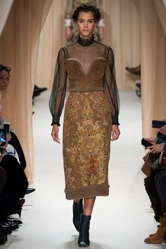 http://www.style.com/slideshows/fashion-shows/spring-2015-couture/valentino/collection/15