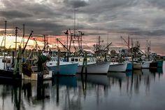 Narragansett          #VisitRhodeIsland Narragansett Bay, New England States, Best University, Block Island, All Things New, Rhode Island, Wonderful Places, Newport, Fishing