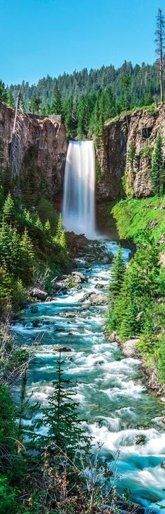 Tumalo Falls on the Deschutes River in Central Oregon.