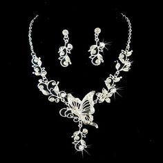Bridal jewelry set Wedding jewelry set by PerfectBrideBoutique, $52.96  THIS IS SOOOO ME!!!