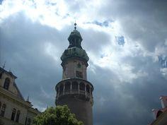 Nochmals der Feuerturm in Sopron. San Francisco Ferry, Building, Travel, Hungary, Viajes, Buildings, Traveling, Trips, Tourism