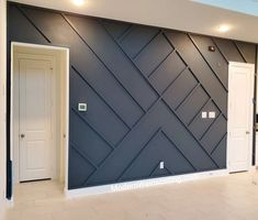 Feature Wall Bedroom, Accent Walls In Living Room, Accent Wall Bedroom, Bedroom Decor, Feature Wall Design, Wainscoting Wall, Wall Molding, Moulding, Casa Rock