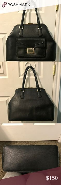 NWT Love Moschino large black purse Beautiful Love Mochino purse! It has incredible detail and a lot of space, even a front pocket for wallets! Only worn about two times and I have the tags and dust bag to send. Would make a great x-mas gift 🎁 ❤️ OPEN TO OFFERS Moschino Bags Shoulder Bags