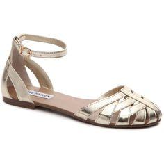 Steve Madden Toula Flat Sandal ❤ liked on Polyvore featuring shoes, sandals, steve madden sandals, flat shoes, steve madden footwear, flat sandals and steve-madden shoes