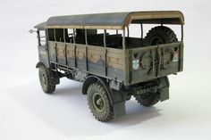 My vacation is ending, unfortunately. In my returning home, a commission is waiting for me: Build an AEC Matador. Short Sunderland, Tractor Parts, Commercial Vehicle, Scale Models, Tractors, 4x4, Monster Trucks, Bunker, Waiting