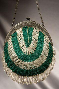 1920's glass beaded purse - love it!!