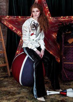 Katya Dobryakova /  FALL WINTER 2016-2017 Chilling, Fasion, Fashion Styles, Showroom, Cool Style, Fall Winter, Women Wear, Collection, Albania