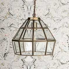 Thirty pieces of bevelled glass in this decagonal masterpiece of lantern artistry. A stately showpiece