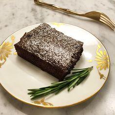 Rosemary & Rye Flour Brownies