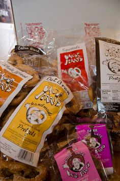 Give your friends and family a taste of traditional Pennsylvania. Uncle Jerry's Pretzels creates the perfect  gift with our five varieties of all-natural pretzels http://www.unclejerryspretzels.com/gift-cases/