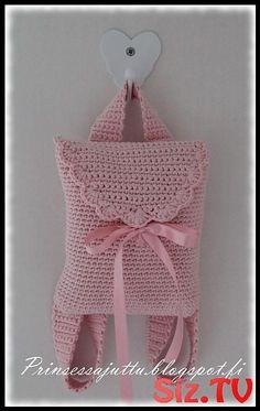 Prinsessajuttu: Tyttären virkattu reppu – sweet and lovely for little girls ♥ Princess Story: Daughter Crochet Backpack – sweet and lovely for little girls ♥ Crochet Girls, Love Crochet, Crochet For Kids, Crochet Baby Hats, Knit Crochet, Crochet Handbags, Crochet Purses, Crochet Bags, Crochet Crafts