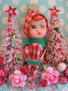 Vintage Elf Xmas Wreath