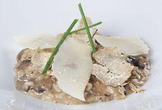 Ριζότο με μανιτάρια-featured_image Food Categories, Camembert Cheese, Potato Salad, Food And Drink, Potatoes, Soup, Chicken, Cooking, Ethnic Recipes