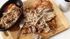 Pomaly pečené bravčové pliecko   Recepty.sk Pulled Pork, Japchae, Good Food, Food And Drink, Menu, Chicken, Ethnic Recipes, Shredded Pork, Menu Board Design