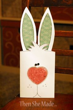 Then she made...: Easter Card ... super-creative ... cute ... picture tutorial ... luv it!!