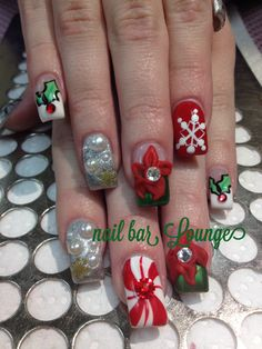 Oh So Festive  #nailart #nails #naildesign #holidaynails #christmasnails