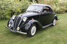 Simca 8 Coupe 1949 La Cafrette des Mai…ღ…reépinglé par Maurie Daboux…. Vintage Cars, Antique Cars, Art Deco Car, French Classic, Classy Cars, Car Museum, Rolling Stock, Small Cars, Old Cars