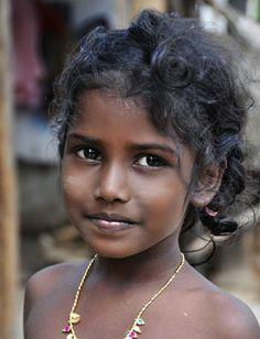 Girl in Myanmar by Joe Routon Beautiful Children, Beautiful People, Portrait Photography Men, Vintage Black Glamour, Bridal Makeup Looks, Foto Art, Pretty Eyes, Beauty Full Girl, People Around The World