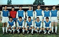 RC STRASBOURG 1961 Au second rang : JONQUET, REMETTER, HAUSS, STIEBER, NABAT, HAAN, SCHWEITZER. Au premier rang : NOVOTARSKI, GRESS, KOZA, ISEL, HAUSSER.