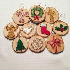 String Art Christmas Ornaments 12 different Christmas ornaments to ch… – Candy Cane Wood Ornaments, Diy Christmas Ornaments, Kids Christmas, Christmas Decorations, Christmas Patterns, Christmas Candy, Ornaments Image, Christmas Truck, Black Christmas