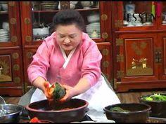 Kimchi, Food Plating, Menu, Youtube, Recipes, Menu Board Design, Recipies, Ripped Recipes, Youtubers