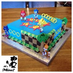 Sonic the hedgehog cake Sonic Birthday Cake, Sonic Birthday Parties, Happy 6th Birthday, Cake Table Birthday, Sonic Party, Pokemon Birthday, Birthday Party Themes, Birthday Ideas, Torta Sonic