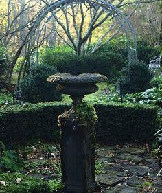 Brabourne Farm: Garden Urns