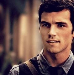 Ian Harding is so beautifully perfect <3 <3