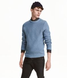 Gray blue. Cotton sweater in a soft rib knit with long sleeves.