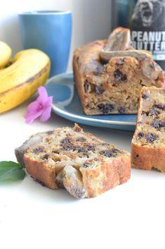 Bananabread healthy au peanut butter nu3 recette saine - healthyfoodcreation Salmon Burgers, Bagel, Peanut Butter, Diet, Healthy, Ethnic Recipes, Food, Parchment Paper Baking, Kitchens