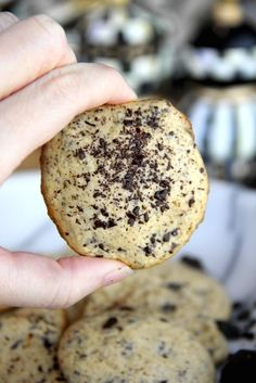 Skinny Cookies n Cream 35 Calorie Cookies by Skinny Girl Standard, Low Calorie Recipes and Desserts blog.