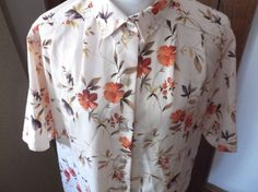 Maggie Sweet Womens Blouse Medium Floral Button Down Short Sleeve Collar #MaggieSweet #Blouse #Casual