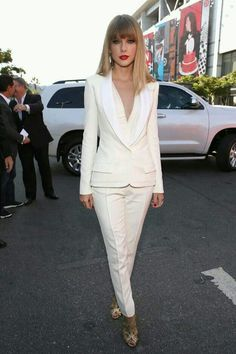 White suit ❤