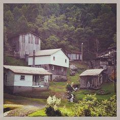 Ashe county, NC in Appalachia rural highcountry Appalachian People, Appalachian Mountains, Western North Carolina, North Carolina Homes, Great Smoky Mountains, Blue Ridge, West Virginia, Back Home, Old Photos
