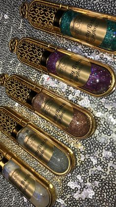 Best Lip Gloss, Diy Lip Gloss, Bright Summer Acrylic Nails, Lip Gloss Homemade, Parfum Rose, Glitter Lip Gloss, Glitter Hair, Cosmetic Grade Glitter, Scented Oils