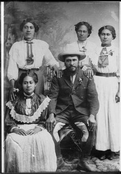 Tuhoe prophet Rua Kenana Hepetipa, and four of his wives at...