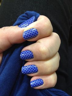 Heat activated nail wraps you apply with your hair dryer! Fun Nails, Pretty Nails, Mani Pedi, Manicure, Jamberry Juniors, Jamberry Nail Wraps, Glitz And Glam, Cool Nail Designs, Quatrefoil