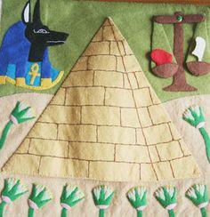 Page_pyramide