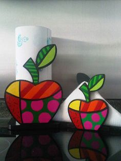 """Painting with a Twist - idea: paint this funky apple design and put a """"Teacher"""" message around it so you can give the painting to your child's teacher. Wood Crafts, Diy And Crafts, Crafts For Kids, Arts And Crafts, Country Paintings, Arte Pop, Fruit Art, Painting On Wood, Diy Art"""