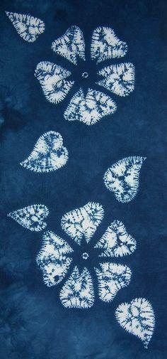 Wild Roses Again by Tela Shibori Shibori Fabric, Shibori Tie Dye, How To Tie Dye, How To Dye Fabric, Fabric Painting, Fabric Art, Textile Dyeing, Tie Dye Crafts, Tie Dye Fashion