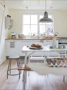 spring- kitchen
