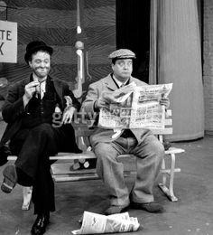 Red Skelton as Freddie the Freeloader, sitting next to Jackie Gleason Funny Comedians, Red Skelton, Jackie Gleason, My Childhood Friend, Betty White, Pop Songs, Vintage Tv, Classic Tv, Hollywood Celebrities