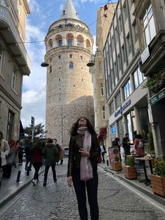 so happy to be here:)))) Galata Tower Pisa, Turkey, Tower, Street View, Building, Happy, Travel, Viajes, Turkey Country