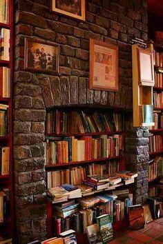 Fireplace bookshelf